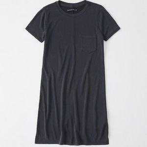 [A&F] Slim Pocket Tee Dress